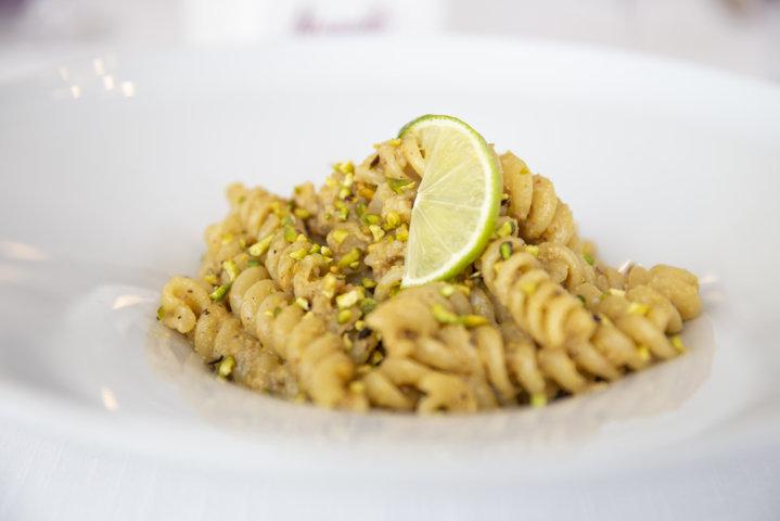Fusillone gamberoni pistacchio lime